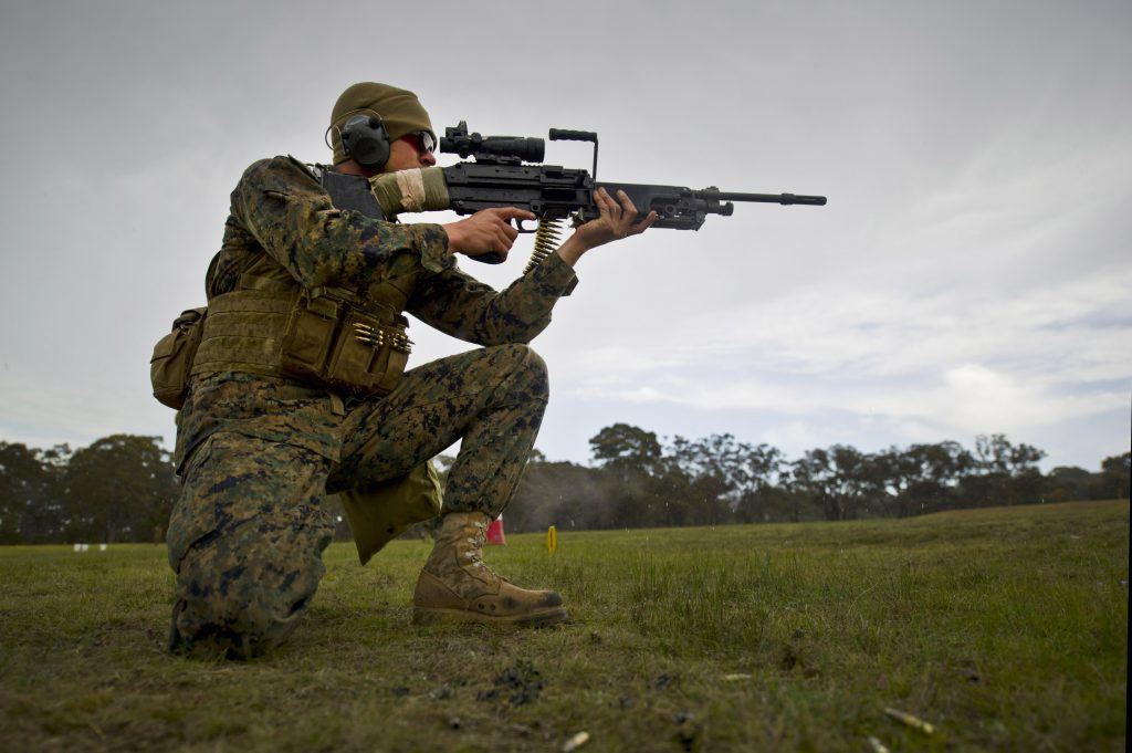 kneeling rifle shooting position