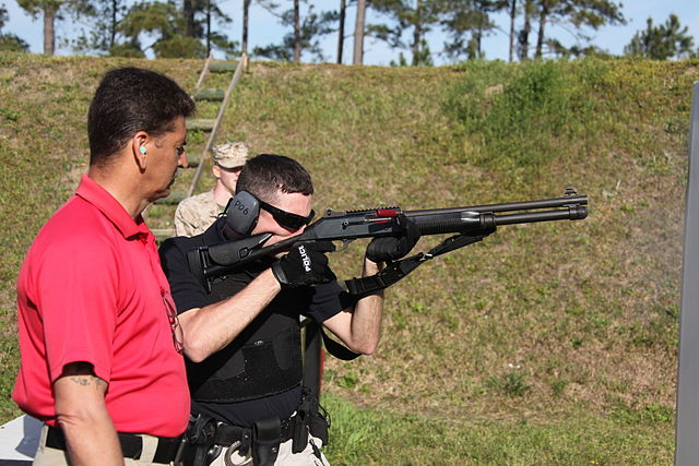 standing rifle shooting position
